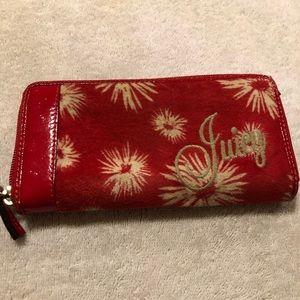 Juicy Couture top zip wallet
